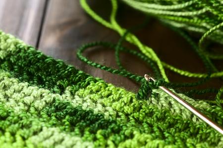 Häkeln Handwerk, So Dass Eine Platzmatte Aus Grünem Garn Mit Einem ...