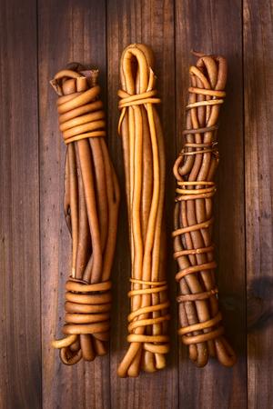 チリの束乾燥 cochayuyo (緯度 Durvillaea 南極) または牛昆布食用海藻、スープを中心にチリの多くの伝統的な料理である、シチュー、サラダ、または自然 写真素材