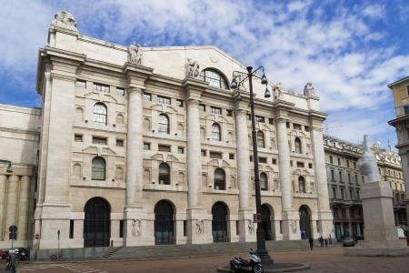 mil�n: Borsa Italiana, italiano bolsa de valores, en Piazza Affari, Mil�n, Italia Foto de archivo