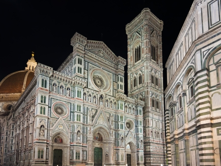 bell tower: Florence Cathedral and bell tower at night. Tuscany, Italy