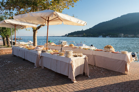 catering en huwelijksfeest op zee