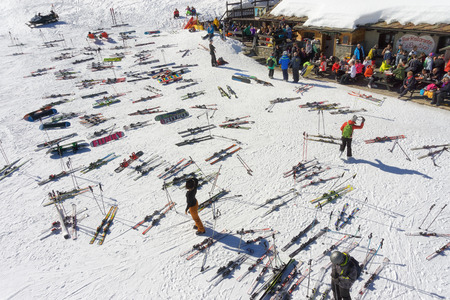 pila: PILA, ITALY - MARCH 07, 2015: Lunch break for skiers on the slope in european mountain resort