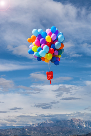 baloons: baloons flying in the air