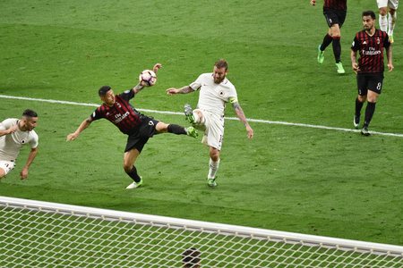 daniele: MILAN, ITALY-MAY 7, 2017: italian serie A soccer match AC Milan vs AS Roma, at the san siro stadium, in Milan. Final result 1 - 4.