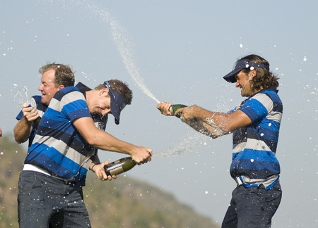 hua hin: Johan Edfors and Henrik Stenson celebrate the European win over Asia at the Royal Trophy competition at Black Mountain in Hua Hin, Thailand, after an amazing comeback on January 9th 2011