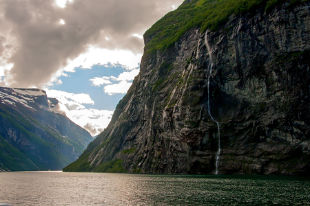 fissure: Geiranger fjord, Norway