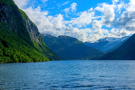 norway flag: Geiranger fjord, view from the ferry deck