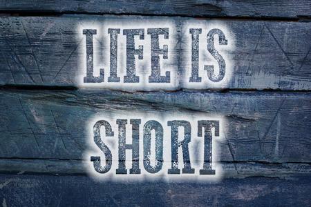 positiveness: La vida es el texto Concepto Corto en el fondo