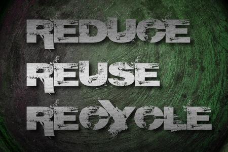 reduce reutiliza recicla: Reduzca la reutilizaci�n reciclan el texto Concepto de fondo
