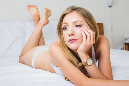 Resultado de imagen para aburrida sexy