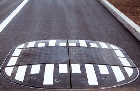 アスファルトの輸送の概念上の道路のスピード バンプ