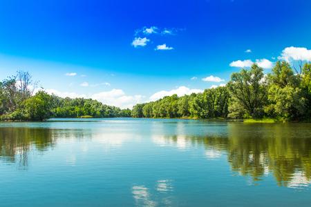 スラボニアの自然公園コパッキリット、クロアチア、人気の観光地や鳥の予約