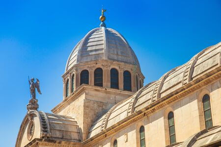 Croatia, city of Sibenik, cathedral of St. James, triple-nave basilica, detail of dome and sculptures on roof
