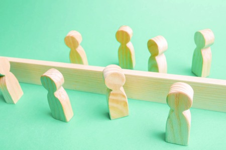 The concept of misunderstanding a barrier in relations denial of society. Barriers between people prejudice. social classes 版權商用圖片