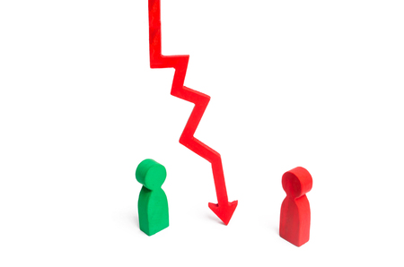 A wooden chart arrow down divides the two people discussing the case. Termination and breakdown of relations, breaking ties. Contract break, conflict of interests. Negotiations of businessmen.