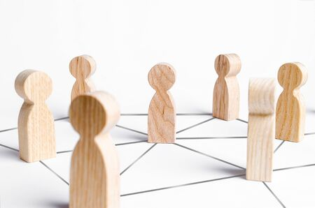 People are connected by a network of gray lines. Communication and social networks. Cooperation and collaboration. Project and leadership personnel management. Corporate Ethics, Public Relations Standard-Bild