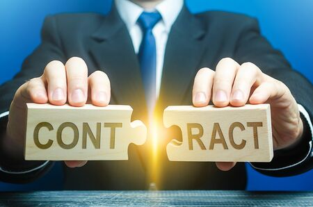 Businessman employer breaks a contract. Termination of cooperation, disagreement refusal to renew extend agreement. Deal cancel. Violation of conditions and rules. Anticipatory repudiation act Stock Photo