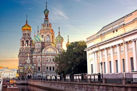 the church: Iglesia del Salvador en la Sangre Derramada de San Petersburgo, Rusia Foto de archivo