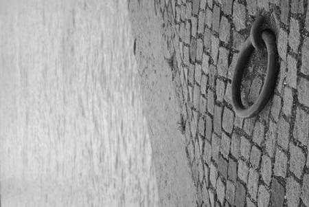 brink: stone water black white brink raod ring