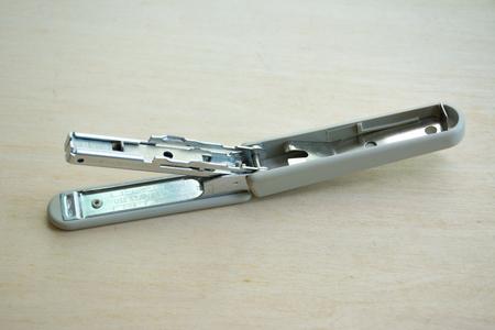 wood floor: Max stapler on wood floor
