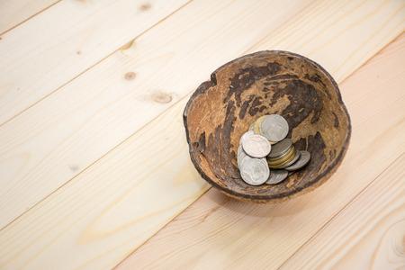 Картинки по запросу монеты для нищего