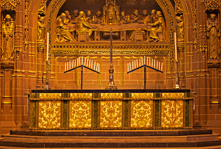 altar: Beautiful ornate Altar inside Liverpool Anglican Cathedral