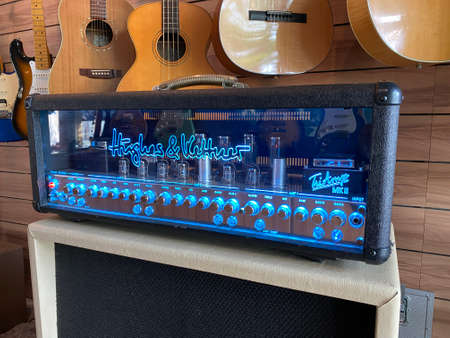 BKK, Thailand - April 29, 2020 : hughes and kettner triamp MK2 amplifier on a store. 報道画像