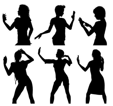 silueta humana: Siluetas de la muchacha que toman selfie con el tel�fono inteligente Vectores