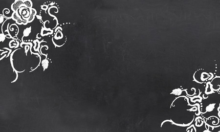 Blank Tafel mit Vintages Blumenmuster Zeichnung in Kreide Standard-Bild - 27705833