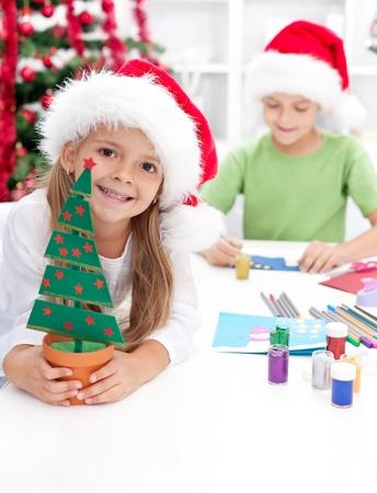 tarjeta navidad nios felices los nios hacer de navidad y tarjetas postales foto de