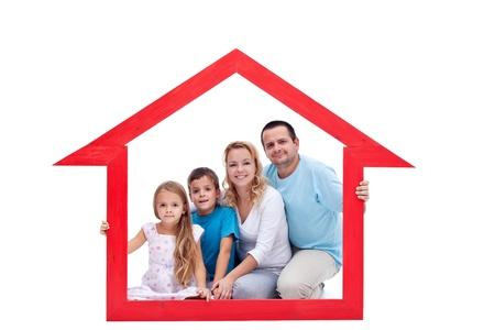 home loans: I membri della famiglia nella loro casa - concetto immobiliare
