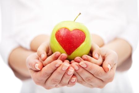 cuore nel le mani: Aiutare i bambini ad avere una dieta sana e vita