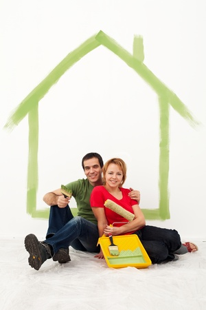 redecorating: Young couple redecorating their first home together Stock Photo