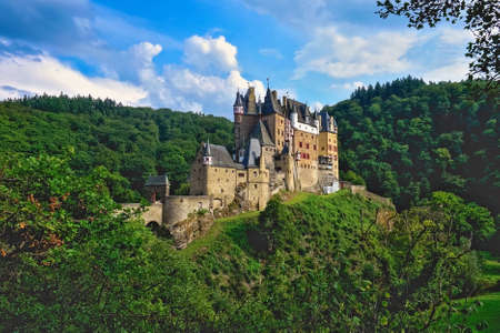 historical sites: Eltz Castle in Germany