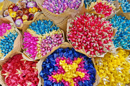dried flower arrangement: Dried flower bouquets