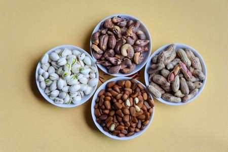 dried fruit: Dried fruit snacks