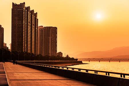 tang: Hangzhou Qian Tang river bank dusk