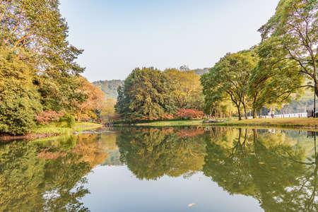 Hangzhou Taiziwan Park in autumn