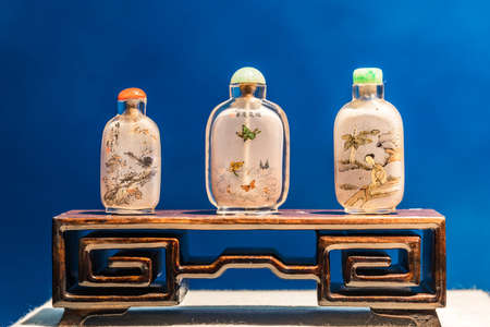 tabaco: Glass painting Snuff Bottle Editorial
