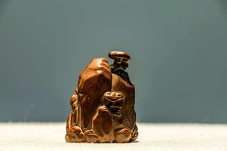 tabaco: Wood - snuff bottle