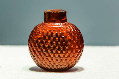 tabaco: Amber snuff bottle