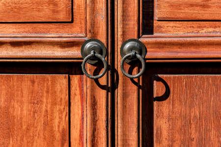 puertas de madera: Wooden doors Foto de archivo