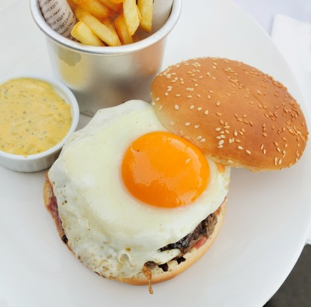 American burger with Egg Stock Photo - 7568647