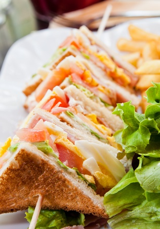 cuisine entertainment: Sandwich with bacon - chicken, cheese and lettuce