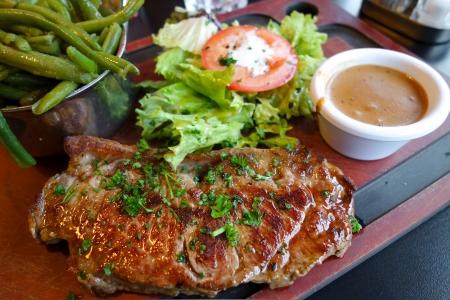 pork chop: pork chop-delicious juicy pork chop  Stock Photo