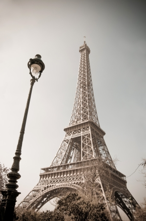 The Eiffel Tower  nickname La dame de fer, the iron lady ,The tower has become the most prominent symbol of both Paris and France Imagens