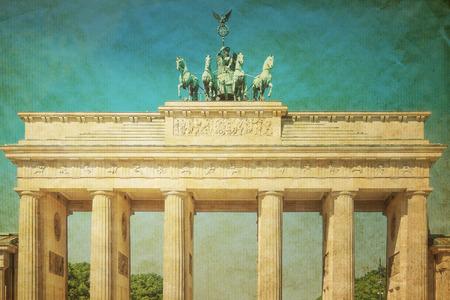 brandenburger tor: Retro Brandenburg Gate (Brandenburger Tor), famous landmark in Berlin, Germany
