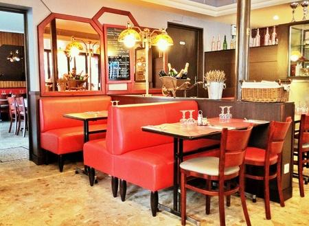 brasserie restaurant: Brasserie traditionnelle � Paris Banque d'images