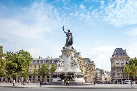 brandishing: PARIS, FRANCE-July 27: Place de la Republique.built in 1880. It symbolizes the victory of the Republic in France.The Famous Statue of the Republic in Paris on July 27, 2014 in PARIS, FRANCE Editorial