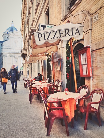 로마의 레스토랑 테라스 스톡 콘텐츠